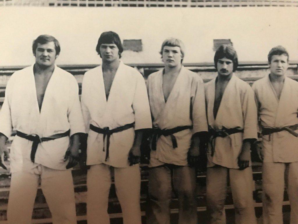 Александр Шуров (крайний слева) в составе сборной СССР