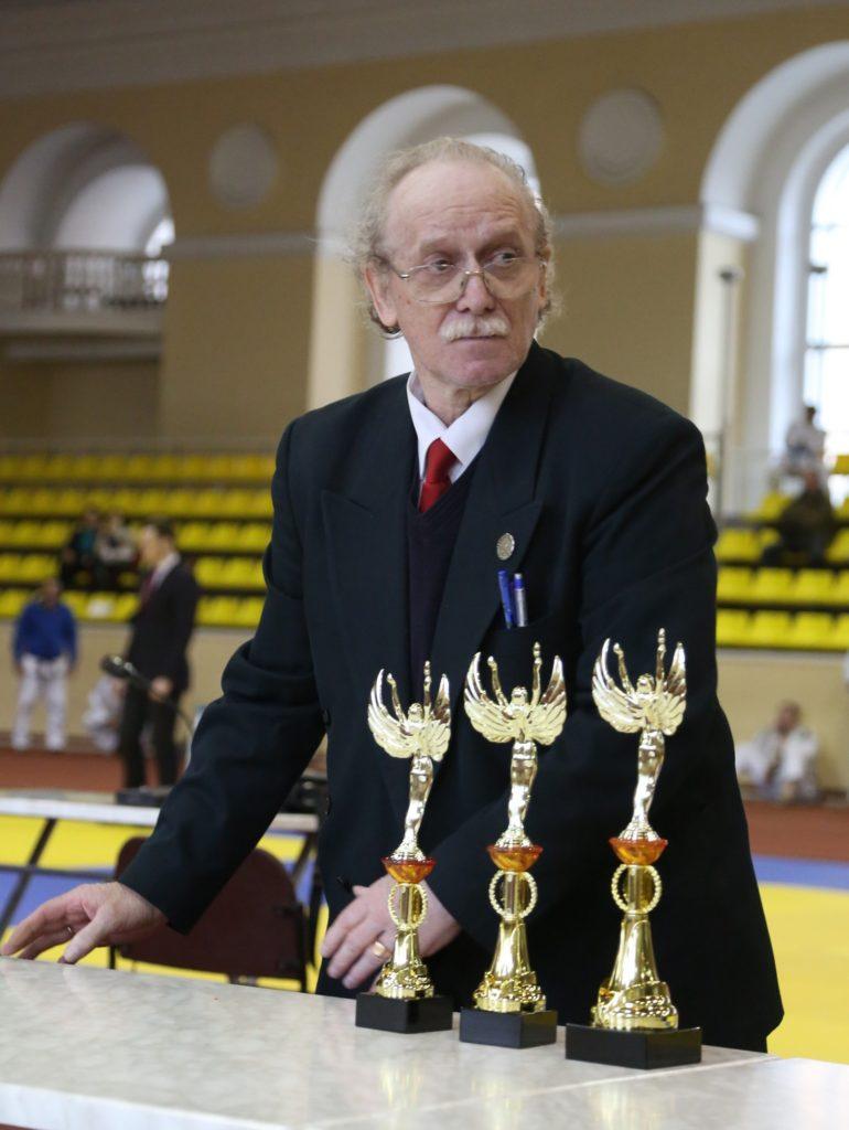 Виктор Валентинович Антонов